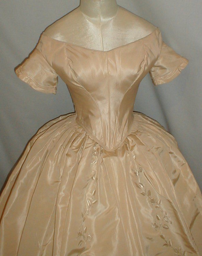 Exquisite 1840 1850 Embroidered Champagne Silk Dress Museum de Accessioned | eBay