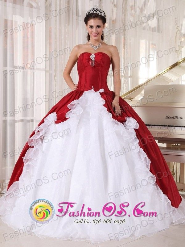 b1bf7c158a 2013 Salta Argentina Wine Red and White Ball Gown Quinceanera Dress with Hand  Made Flowers Sweetheart Organza and Taffeta Style PDZY762FOR