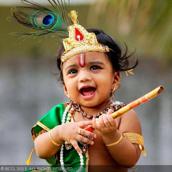 How to dress baby as krishna images