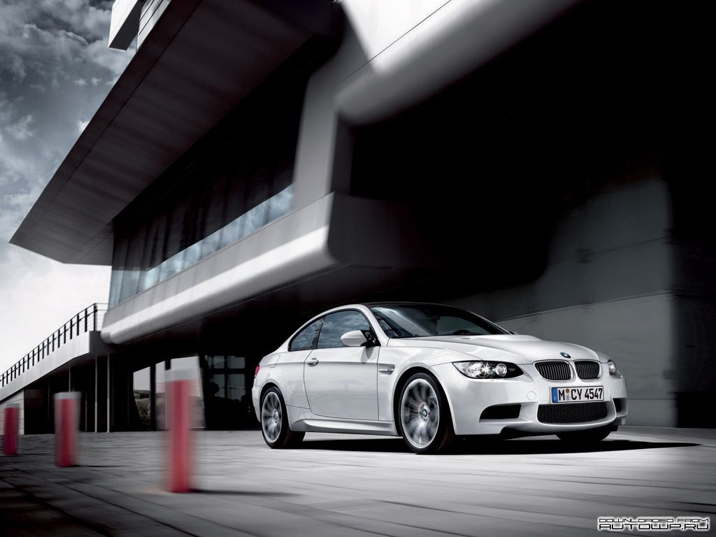 gratis skrivbordsbakgrund - BMW: http://wallpapic.se/bilar/bmw/wallpaper-22257