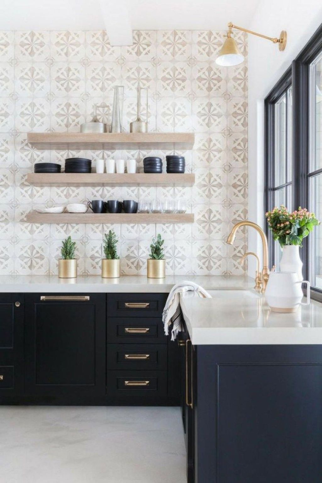 17 Beautiful Kitchen Backsplash Ideas To Welcome 2020 Kitchen Backsplash Designs Farmhouse Kitchen Backsplash Accent Wall In Kitchen