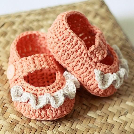 (4) Name: 'Crocheting : Baby Booties - Ruffle Mary Janes