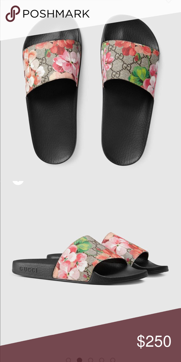 77a54680a Authentic Gucci Bloom Slides- Run small Size 42 but run small. I d say they  would be perfect for a size 10 11. Used but in great condition.
