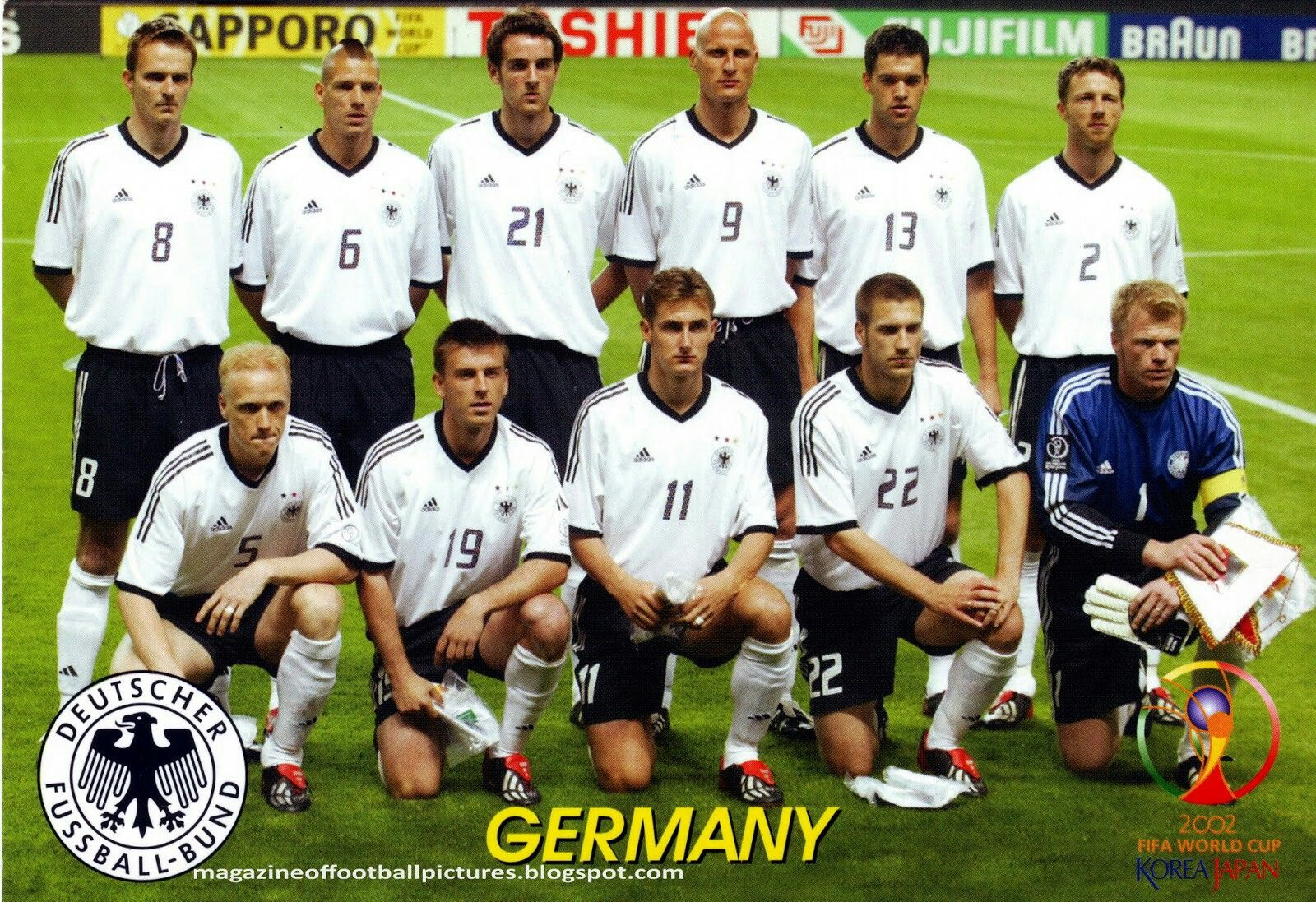 Germany Team Group For The 2002 World Cup Finals Germany Team Football Team Pictures Germany