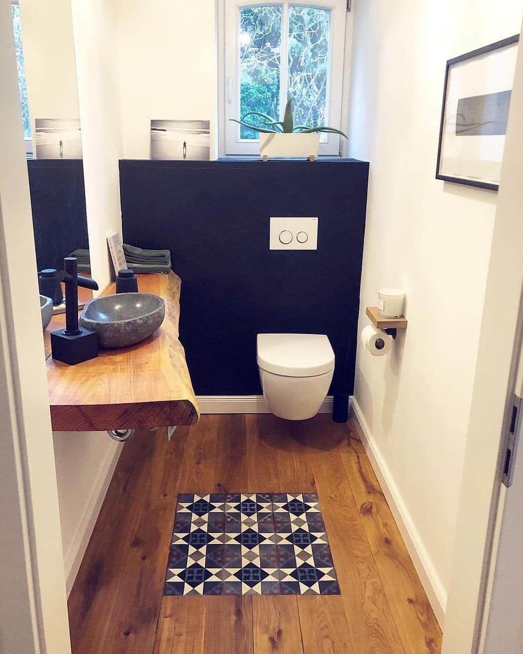 [Werbung] Gäste WC und Küche von @betonpfoten . . . .  #schreiner#parkett #betonfliesen #badeværelse #salledebain  #chantier #bagno… #schönegärten