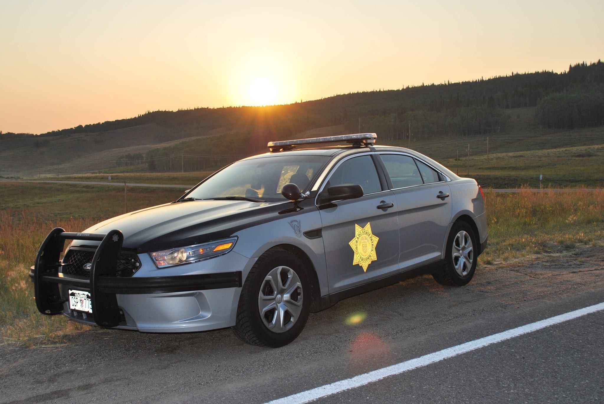 Colorado State Patrol State Trooper 775 Ford Interceptor Police Cars Police Car Pictures Ford Police