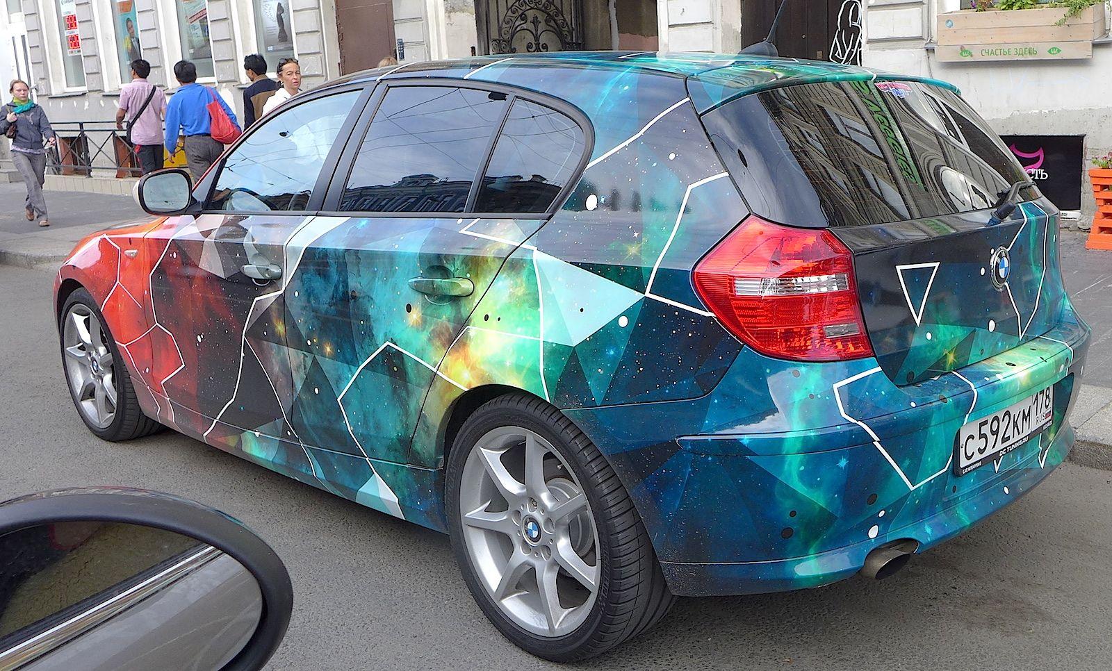 http://board.usedcars.ru/index.php?topic=12638.msg140.. BMW 116 АВТОВИНИЛ: футуристически-космические темы. Снято на Владимирском #авто #город