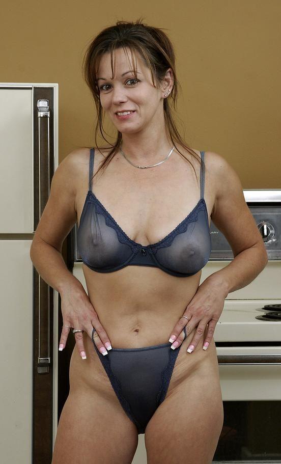 Horny Mature Women In Thong 8