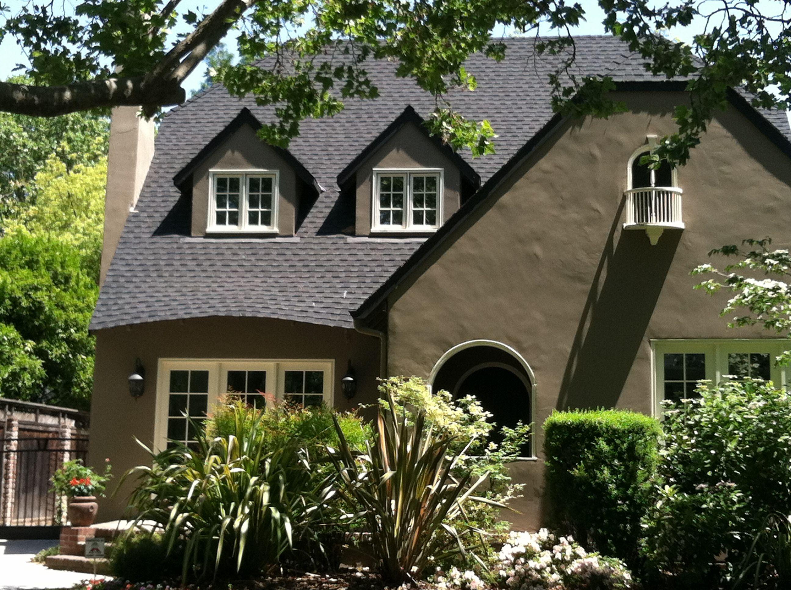 EDDIE MURPHY'S SACRAMENTO MANSION   Celebrity Homes
