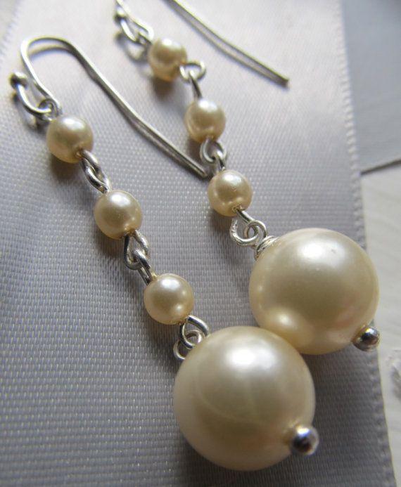 Pearl Earrings/ BridalWedding Earrings by koatesdesigns on Etsy, $30.00