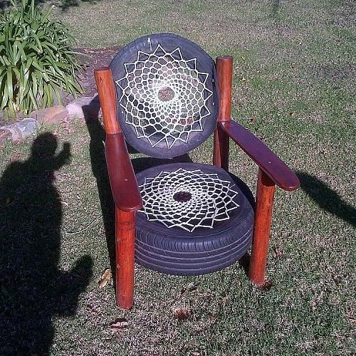 Recycled tyre chair rocky road backpackers south for Diy tire chair