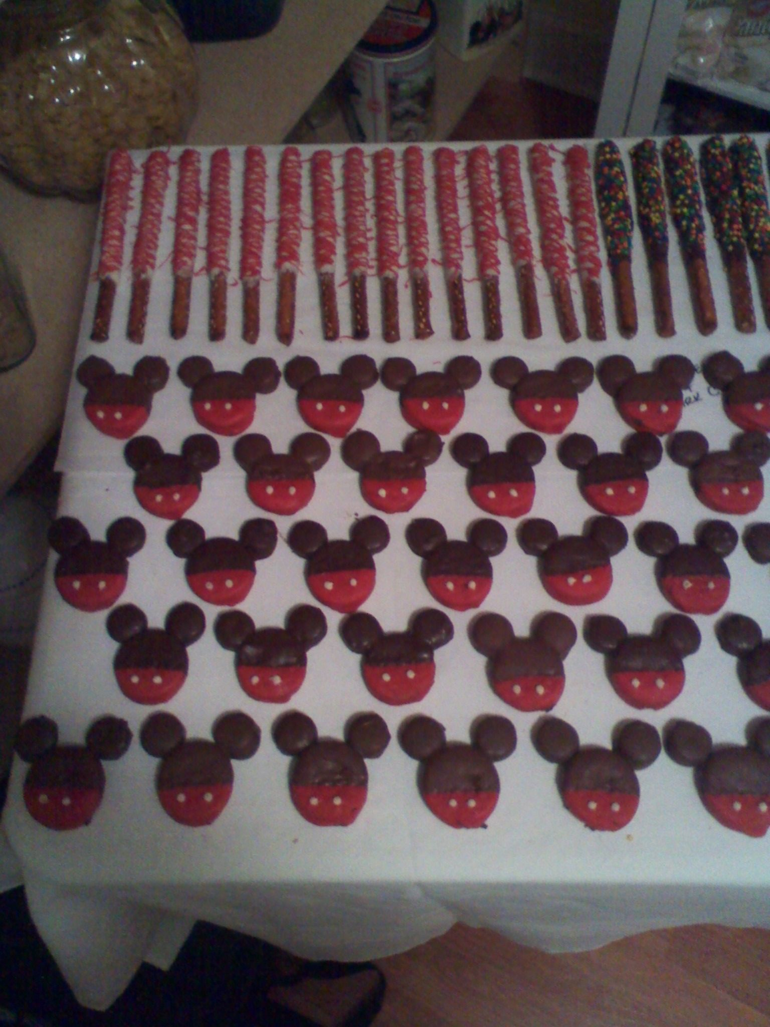 chocolate covered pretzel rods & mickey mouse oreo's | Kat's Tasty ...
