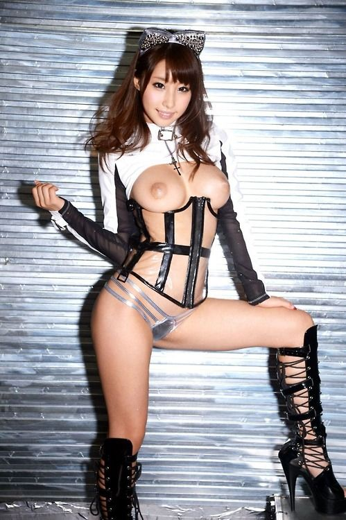 nude-asian-cam-rooms