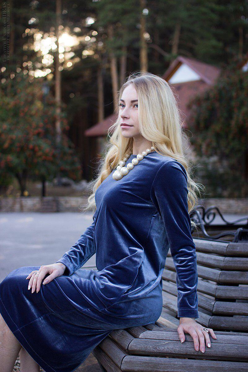 Фото красивых девушек в платье блондинок