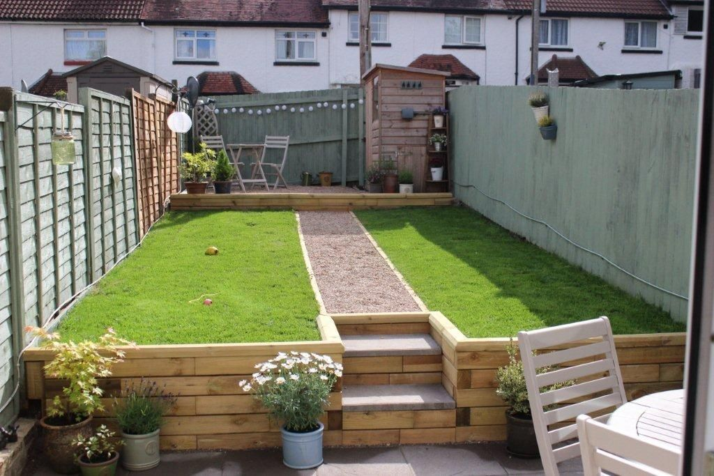 Easy to build WoodBlocX steps with retaining wall Garden