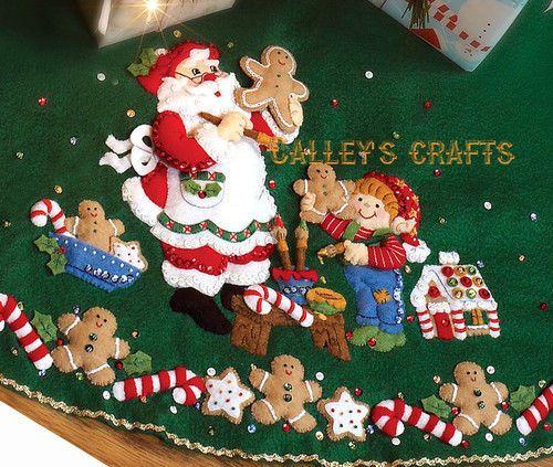 Bucilla Christmas Cookies 44 Felt Tree Skirt Kit 86149 Santa Elves Baking Pies De Arbol Navidenos Pie De Arbol Manualidades