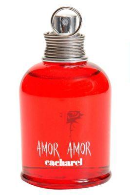 Amor Amor is een fruitig, bloemige geur die vanaf het eerste moment 100% aantrekkelijk is.Bevat aroma's van: rode roos, vanille, lelietje-van-dalen, sandelhout, witte muskus, grijze amber, grapefruit, bloedsinaasappel en mandarijn.