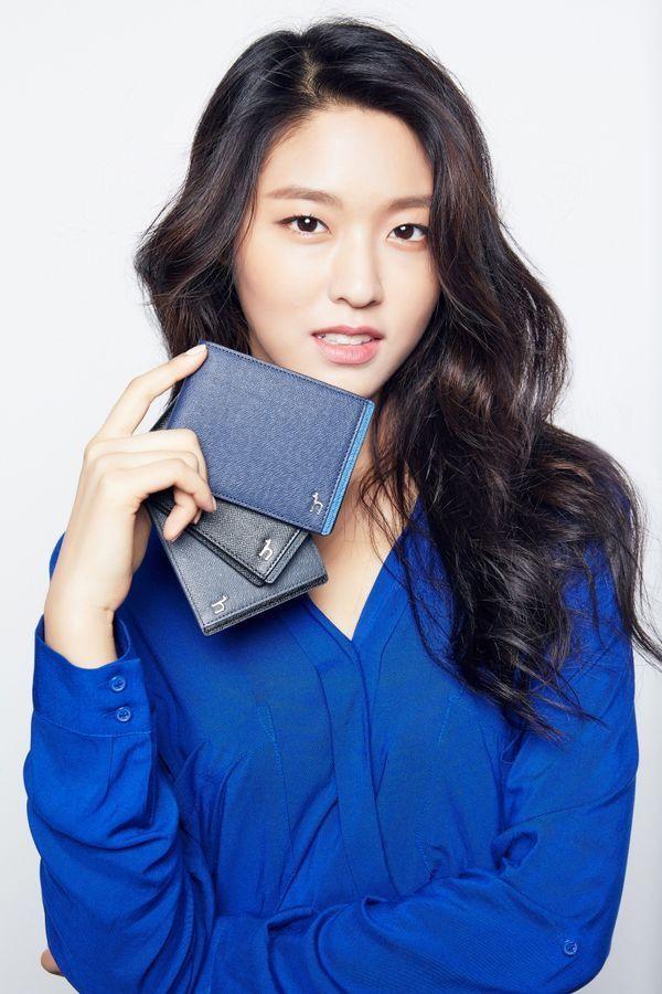 Épinglé par Tsang Eric sur Korean / Actress / Singer