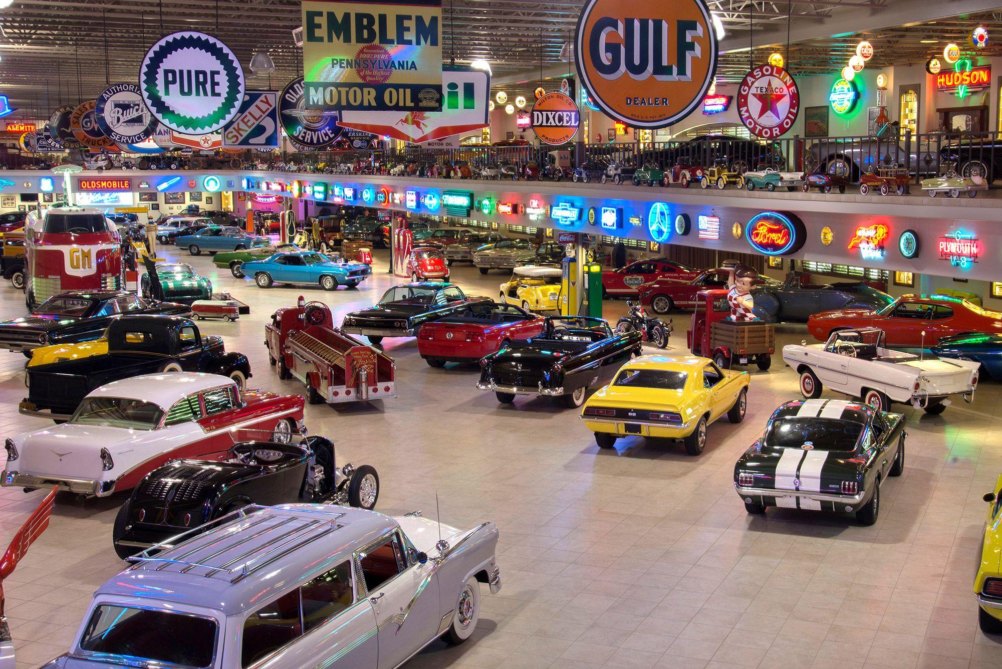 Classic Car Garage Design #dreamgarage #mancave ...