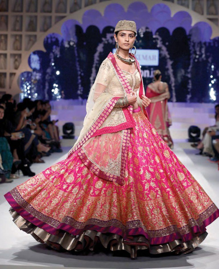 3295153242d 5 Bridal Lehenga Inspirations for 2018 from the house of Indian ...