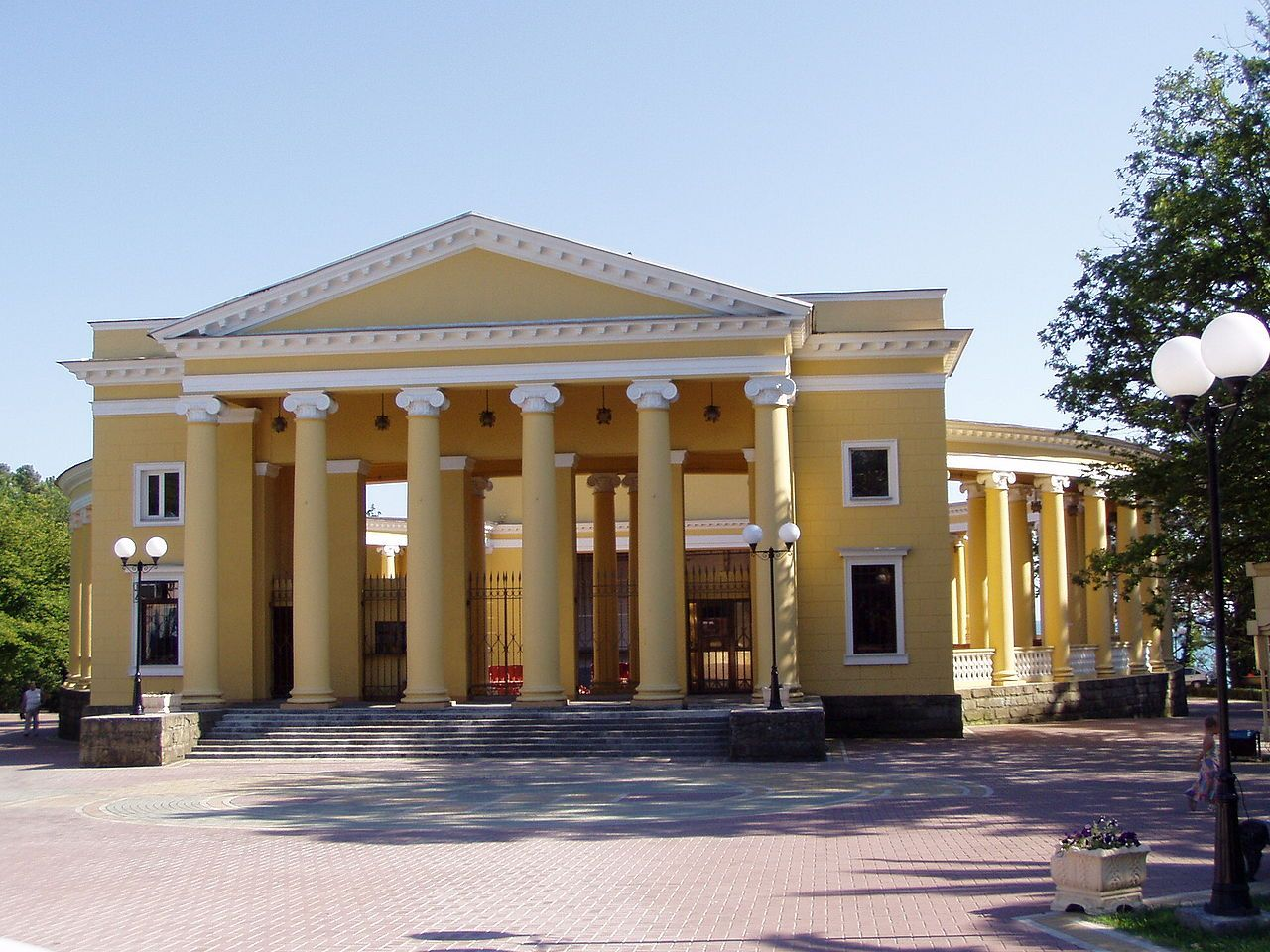 Letniy theatre Sochi - Sotchi — Wikipédia