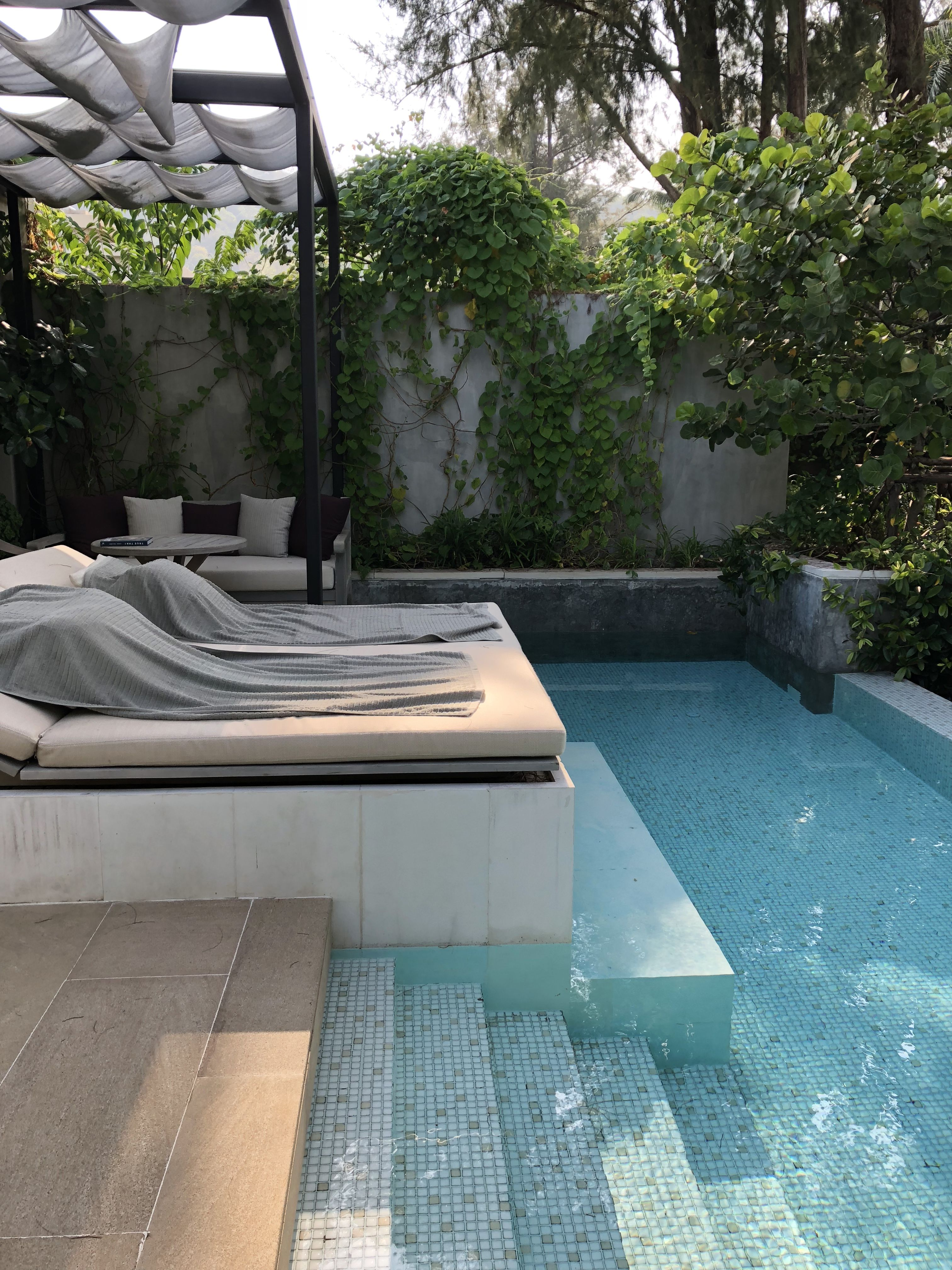 Pool Bauen In Thailand I Like The Idea Of Doing A Cabana Bed Like At Our Thailand Hotel