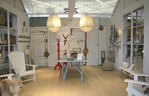 Woonblad seasons strandjutter huis licht interieur met