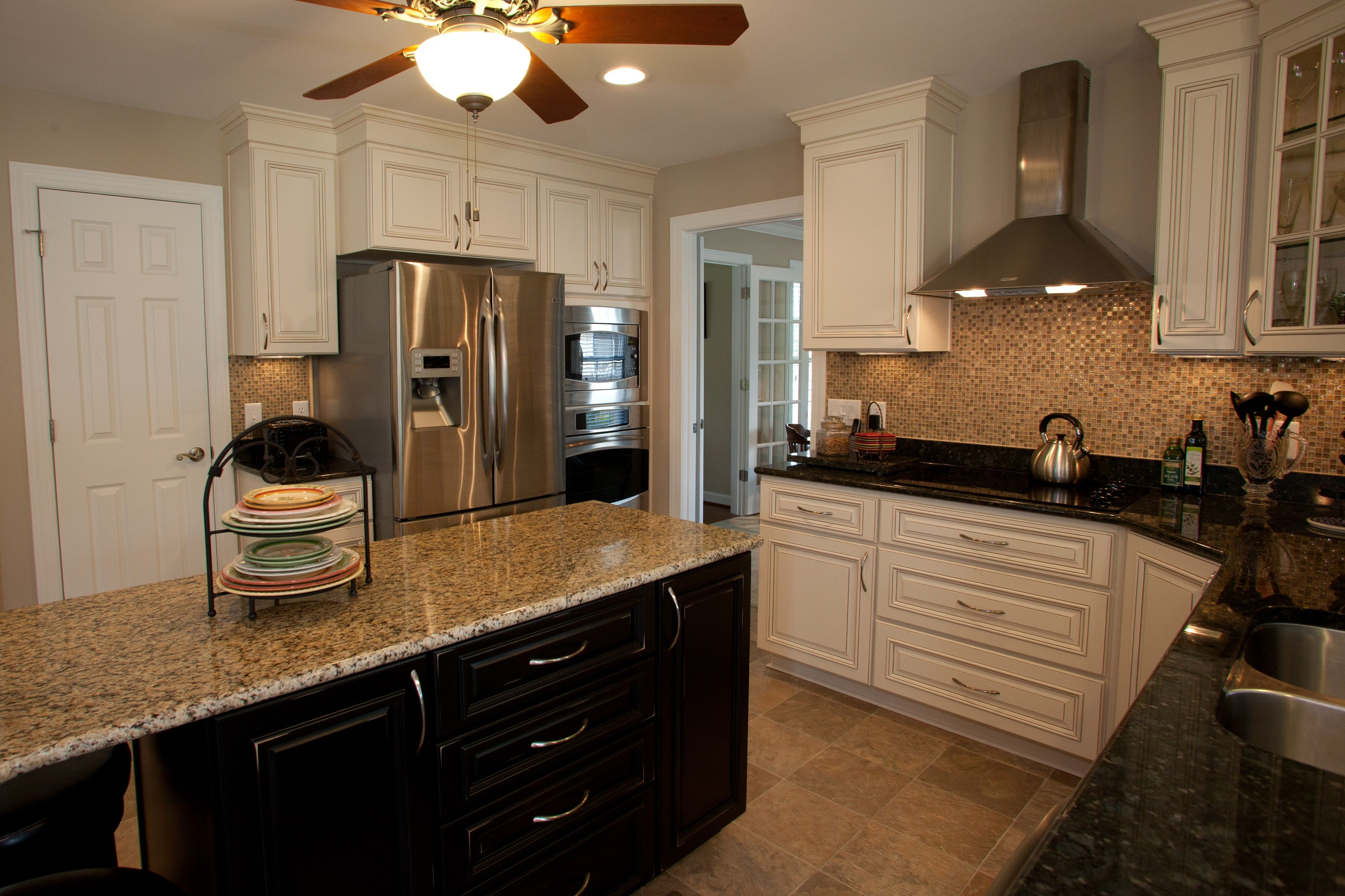 New Kitchen in Newport News Virginia has Custom Cabinets ...
