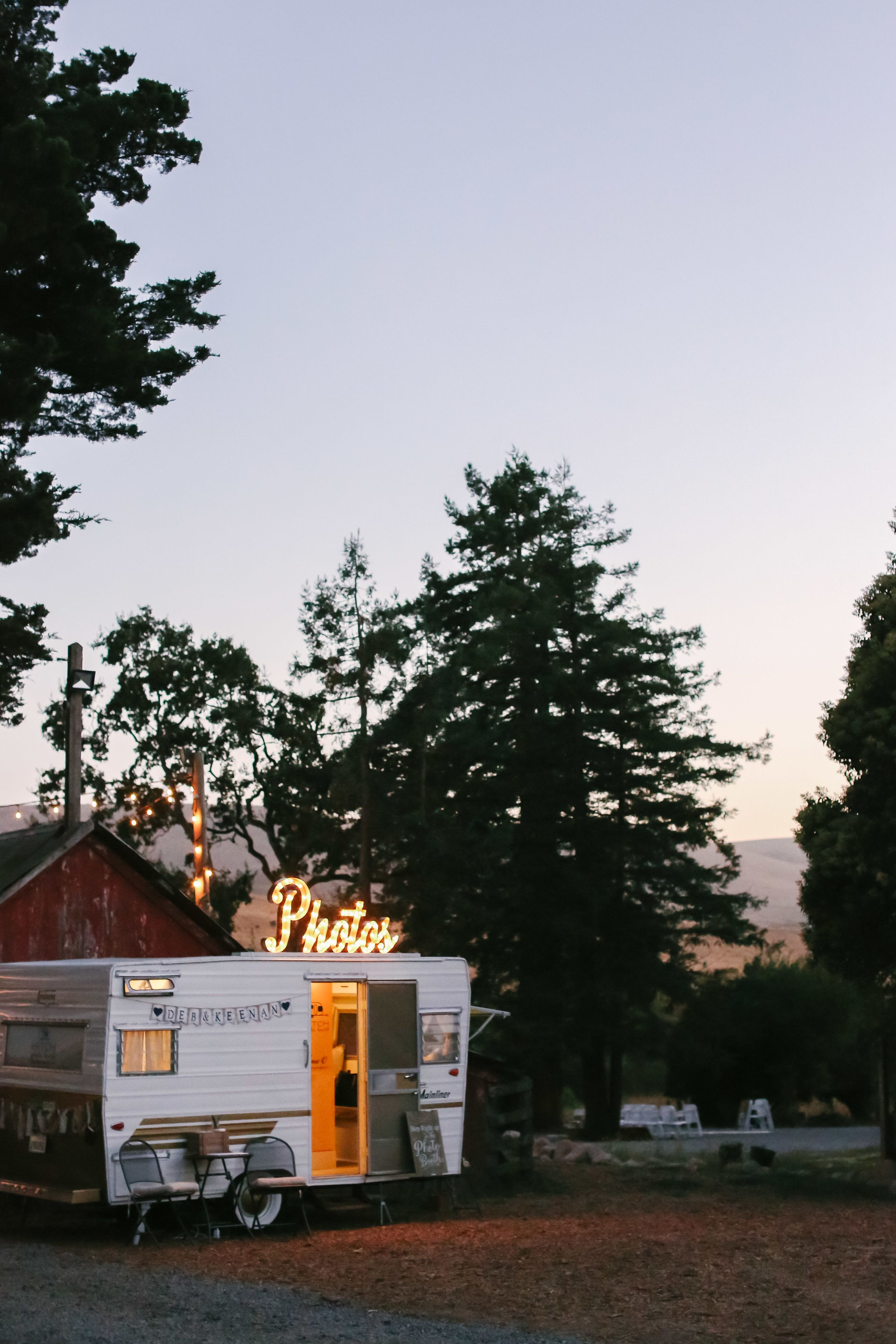 Hitch the photo booth romantic wine country wedding at stemple