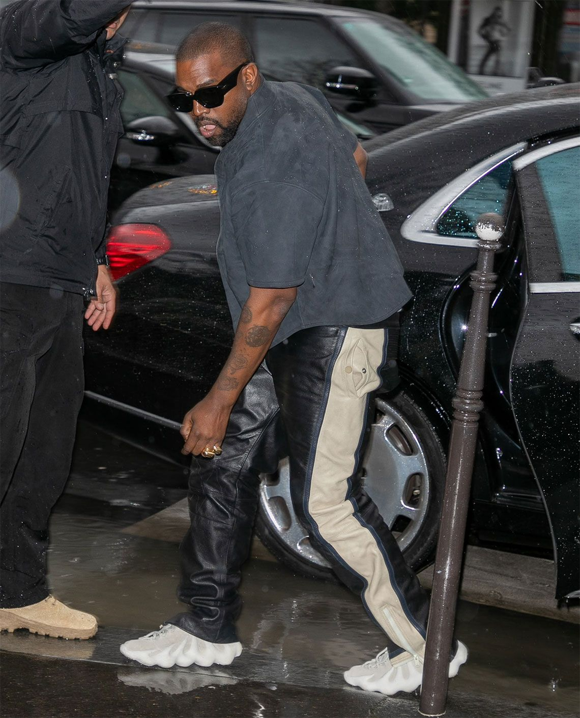 Kanye West Debuts Adidas Yeezy 451 At Paris Fashion Week In 2020 Kanye West Adidas Kanye West Style Outfits Kanye West Outfits