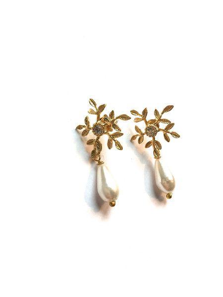 Brautschmuck ohrringe gold  Brautschmuck Ohrringe *Blütenperle* gold | Produkte und Gold