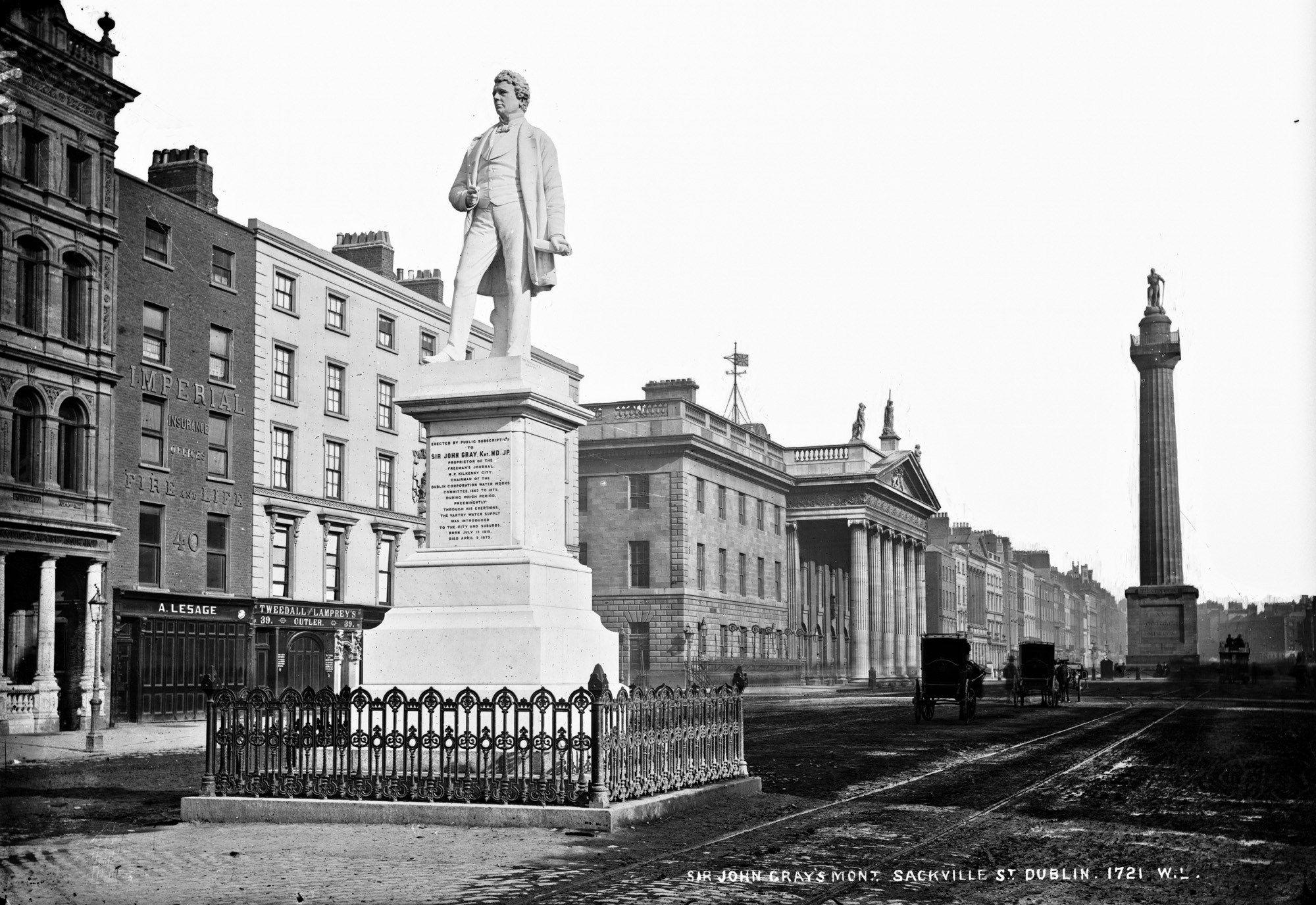 Photo of the Sir John Gray (181575) statue on Sackville