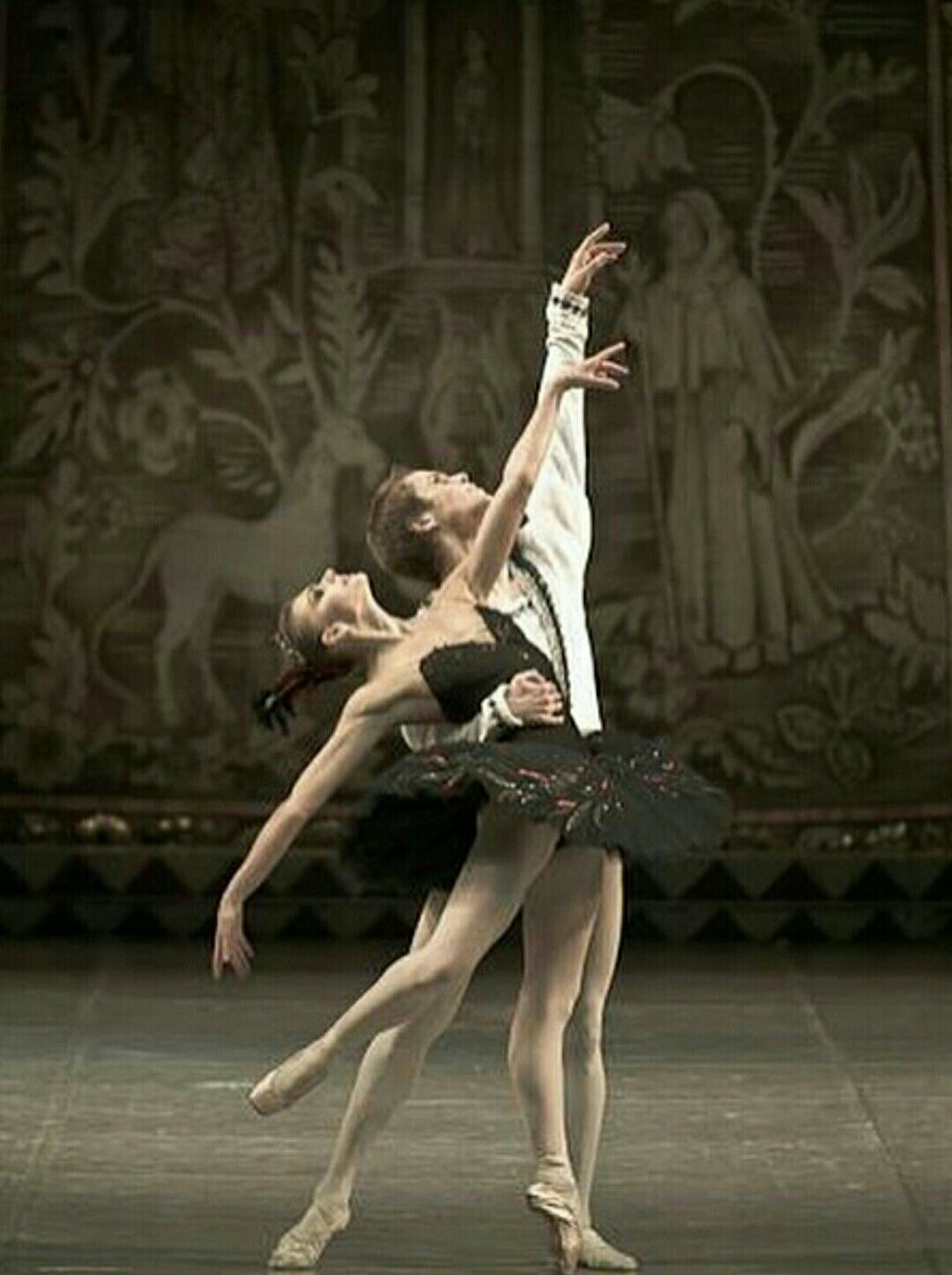 Pin by Liza Dinata on PAS DE DEUX Ballet beautiful