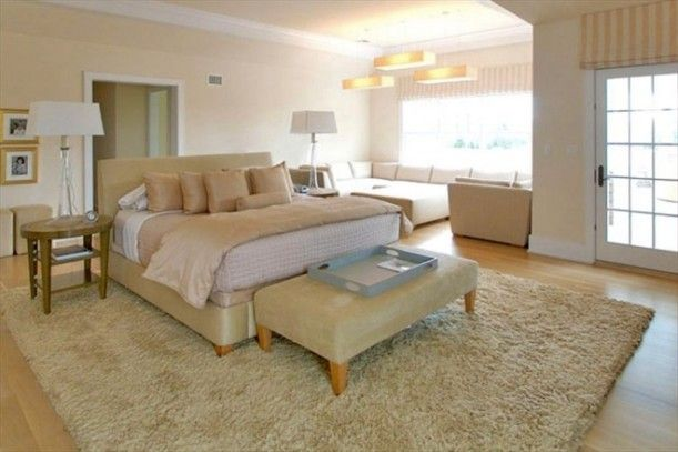 Celebrity Houses And Real Estate Hamptons House Big Bedrooms Celebrity Bedrooms