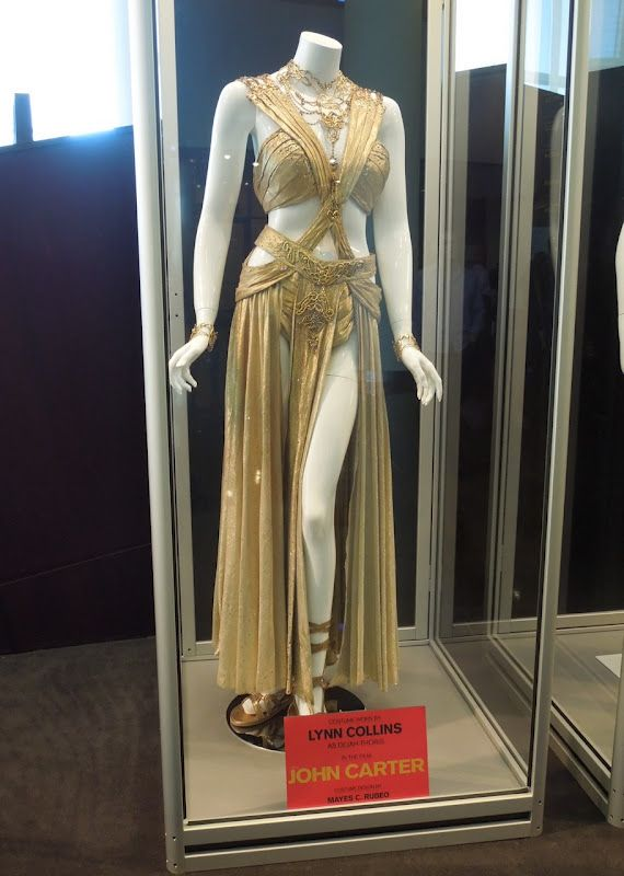 The Wedding Dress Worn By Lynn Collins Playing Princess Of Mars Dejah Thoris In The Movie John Carter Fantasy Dress Fantasy Gowns Costumes For Women