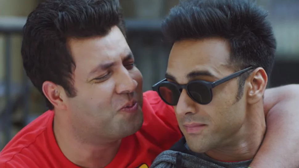 Fukrey Good movies, Smile with your eyes, Flirting moves
