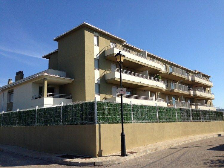 Apartamentos MONTUIRI - Living Scout