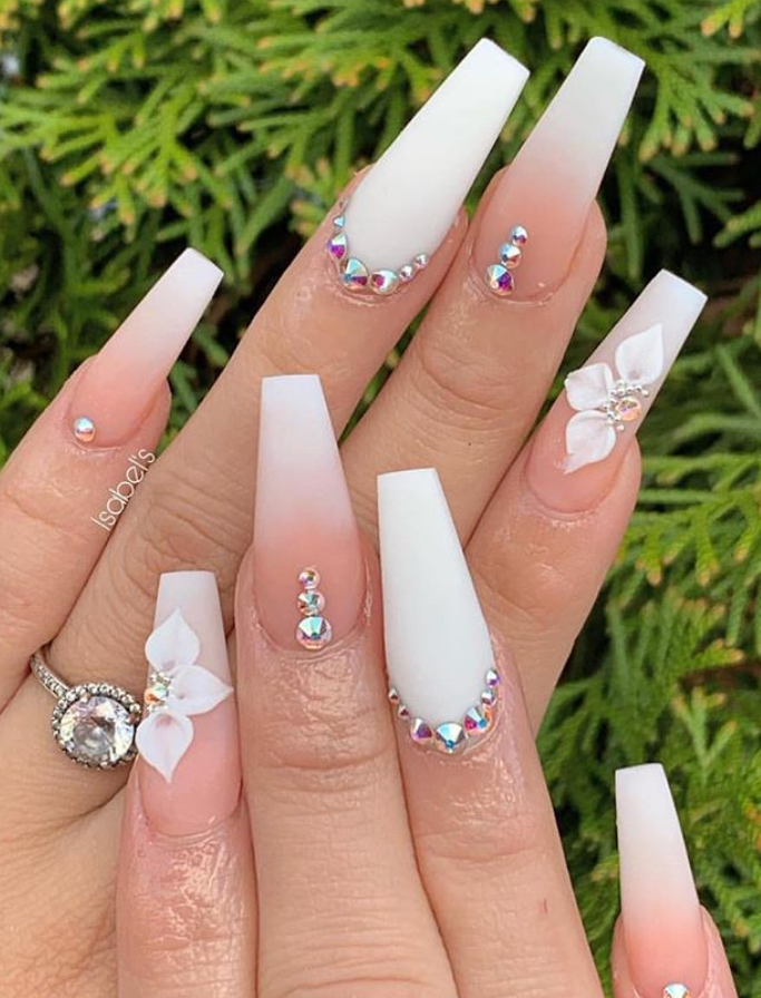 These Amazing Ombre Coffin Nails Design For Summer Nails You Can T Miss Page 33 Of 36 Latest Fashion Trends For Woman Nails Design With Rhinestones Nail Art Ombre Rhinestone Nails