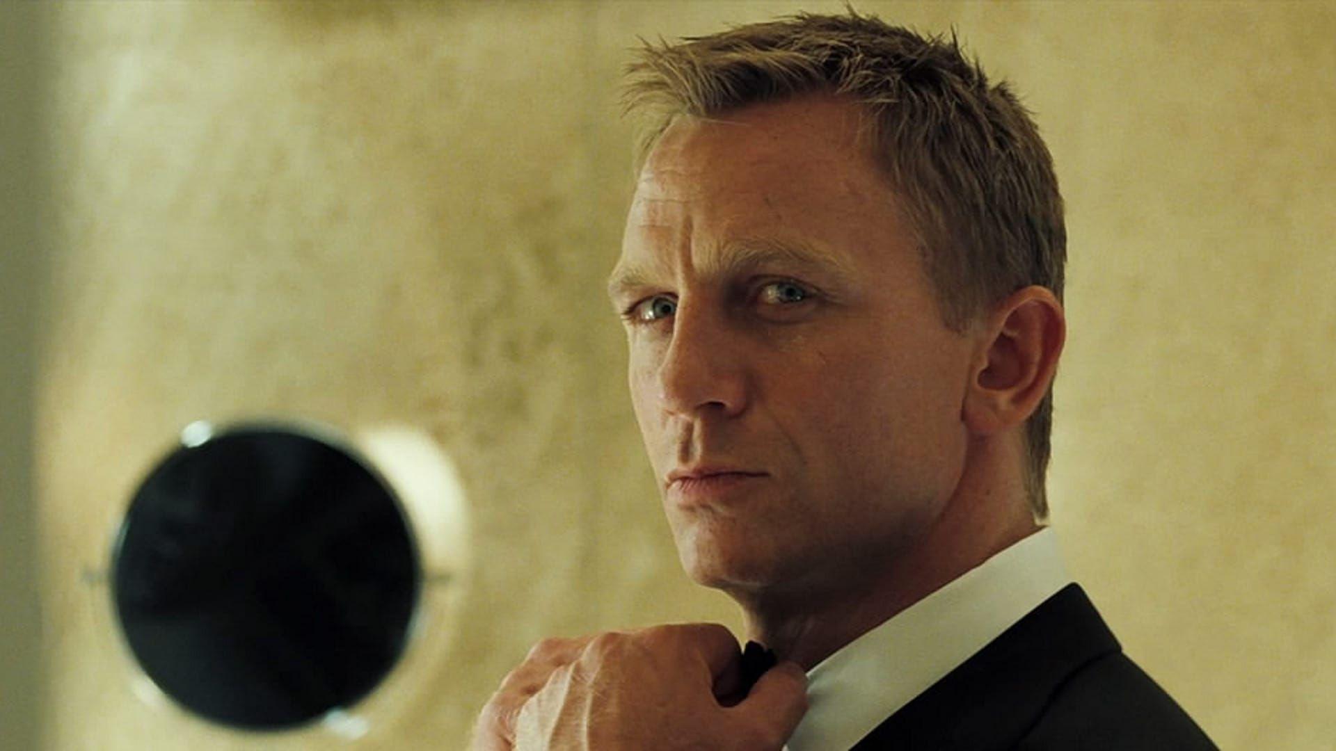 Casino Royale 2006 Dir Martin Campbell Casino Royale Movie Casino Royale Bond Movies