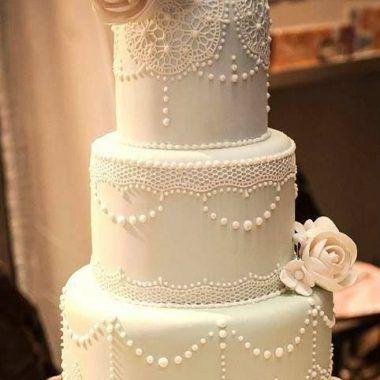 Está na hora de escolher um entre dezenas de bolos de casamento lindíssimos! Por isso fizemos uma seleção arrasadora para você se inspirar!