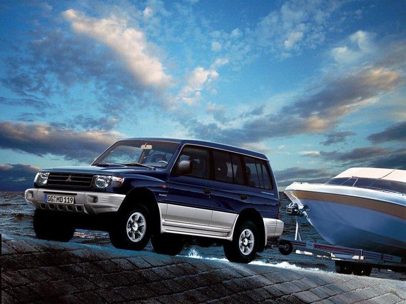 Mitsubishi Pajero Wagon 1997 99 In 2020 Mitsubishi Pajero Jeep Wagon