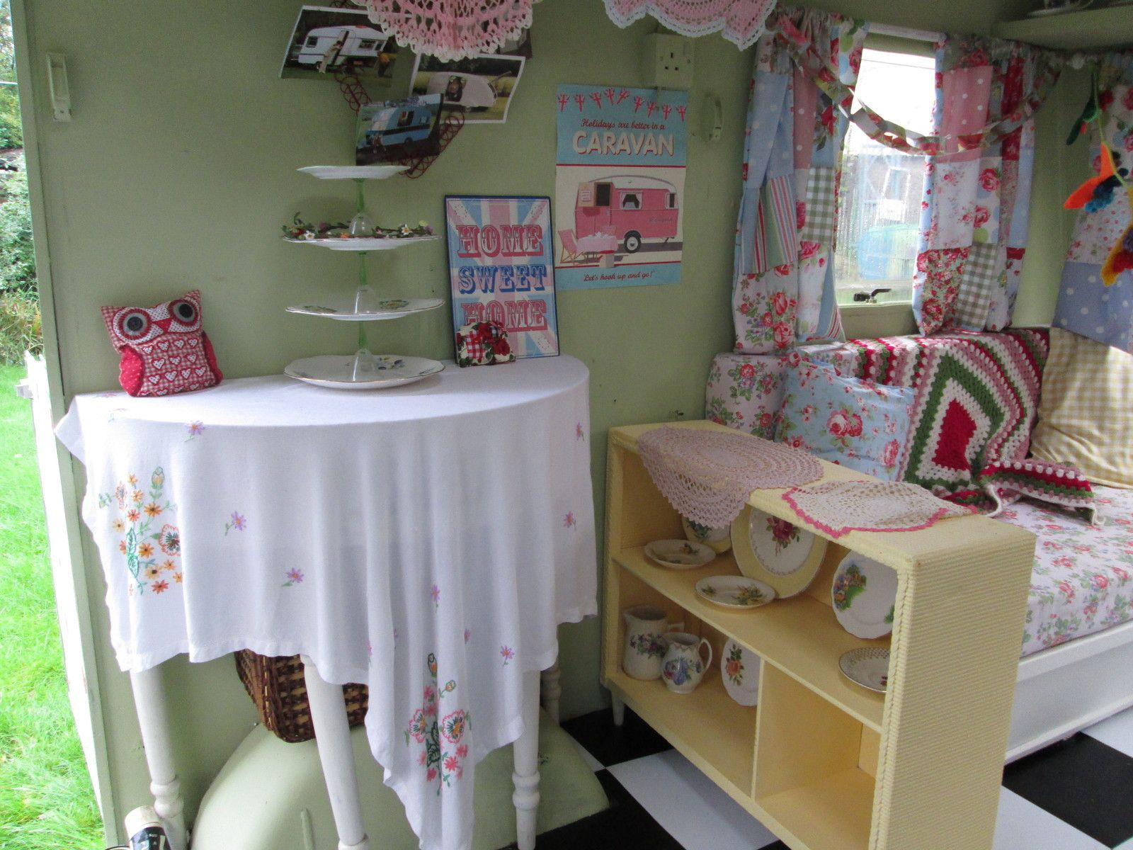 Details About Cath Kidston Vintage Caravan Garden Room Lady Shed Playroom Sewing Room