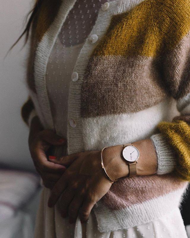 """Photo of Lise Høyer ?? on Instagram: """"• Tricoloure i sin smukkeste udgave • Jeg grubler allerede over næste farvekombi • Og hvis du skal nå at have lækkert bling eller nyt ur…"""""""