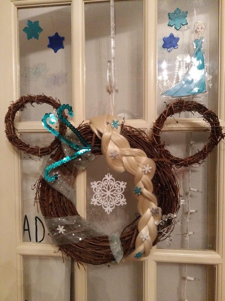 diy disney wreath mickey mouse wreath elsa wreath