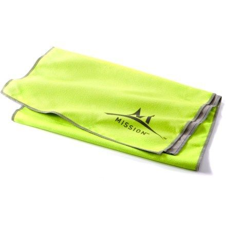 Mission Athletecare Enduracool Instant Cooling Towel Large Green Rei Co Op Cooling Towels Mission Sunglasses Case
