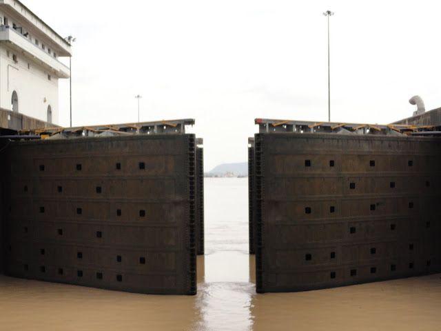 15+ Do Cruise Ships Go Through The Panama Canal  Gif