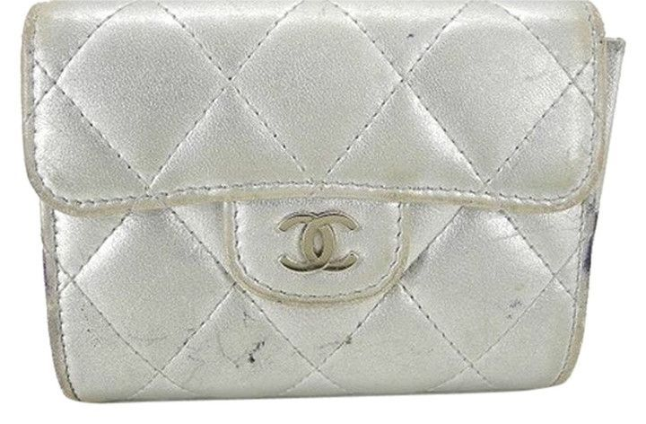 Classic Flap Silver Quilted Wallet