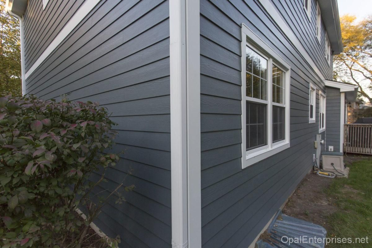 Siding Replacement In Naperville Il With James Hardie Evening Blue Exterior House Renovation Hardie Siding House Exterior