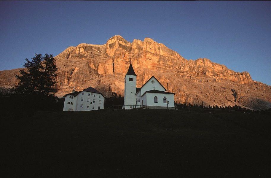 Kirche am Heilig Kreuz / Sass dla Crusc