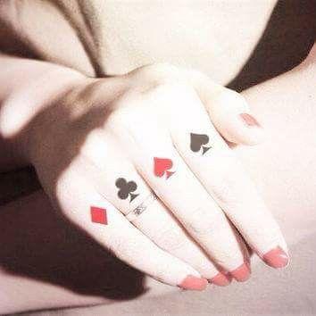 Tatuaż Na Palcach Karty Tatuaże Hand Tattoos Poker